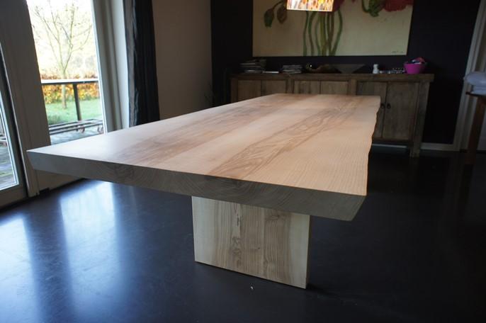 Grote tafel van Olijfessen moiré