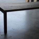 Strakke tafel van gerookt Eiken van serieus formaat...