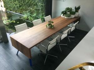 Vergadertafel - industrieel ontwerp