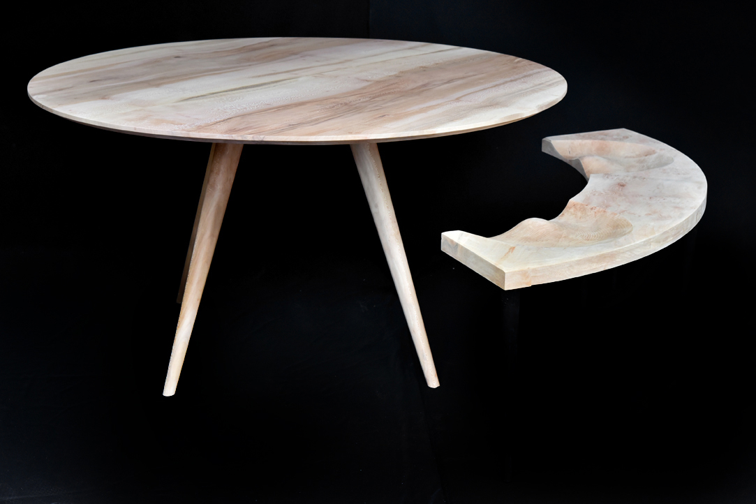 Ronde Tafel Diameter 140.Een Ronde Tafel A Table